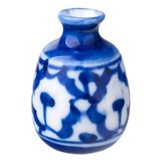 GRAPHIC BLUE AND WHITE VASE
